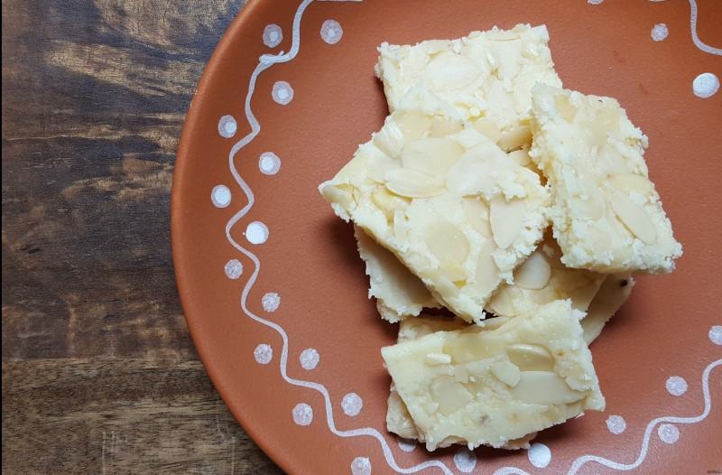Easy 3 ingredient Indian dessert | Ricotta Burfi | Ricotta Almond fudge