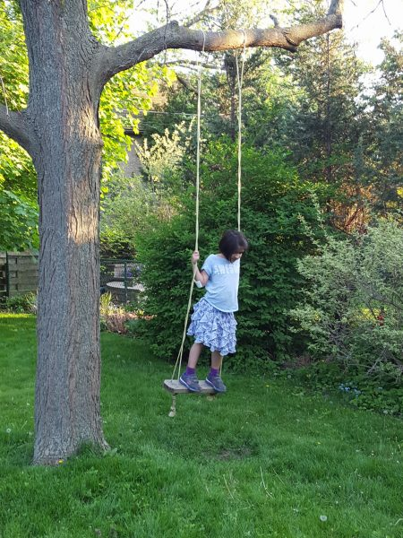 Backyard swing| MapleandMarigold.com