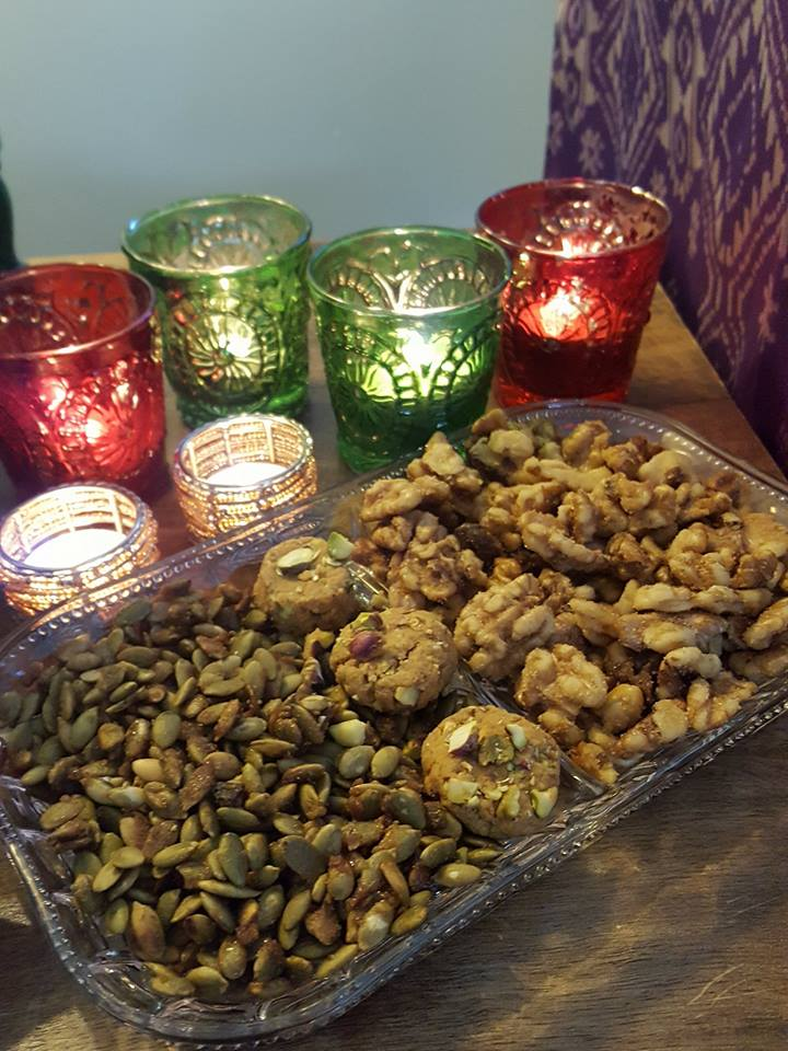 Maple & Marigold | Simple and delicious candied pumpkin seeds | School safe snacks | Homemade Diwali gifts | Hostess Gifts