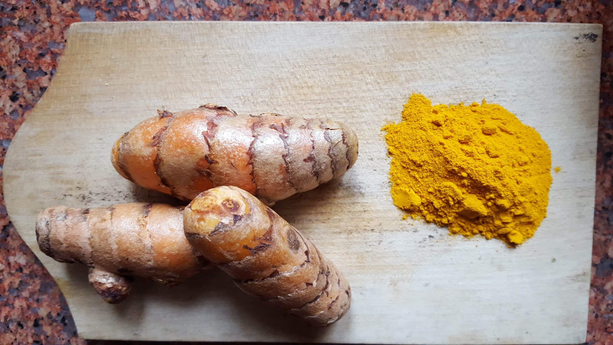The easiest way to take Turmeric | Natural health remedy for cold and flu | Simple and easy recipe for Golden Milk | Turmeric and its health benefits| Maple and Marigold